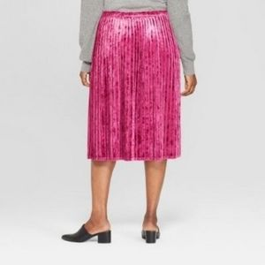 Ava & Viv velour pleated skirt
